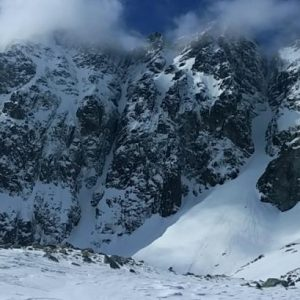 w tatry zimą na nartach