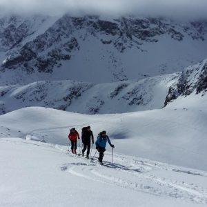 wycieczka narciarska z przewodnikiem