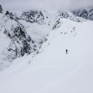 zjazd na nartach niżne rysy